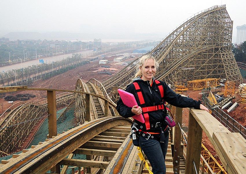 Lehrner tại coaster Viper ở thành phố Nam Xương, Trung Quốc