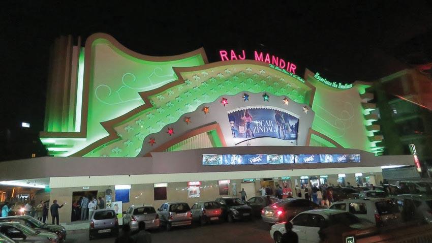 Những rạp chiếu phim độc đáo nhất thế giới 4