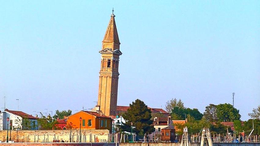 Nhà thờ San Martino, Burano, Venice