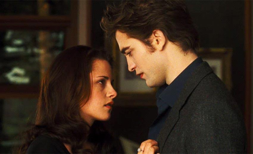Cảnh hôn trong phim Twilight (2008)