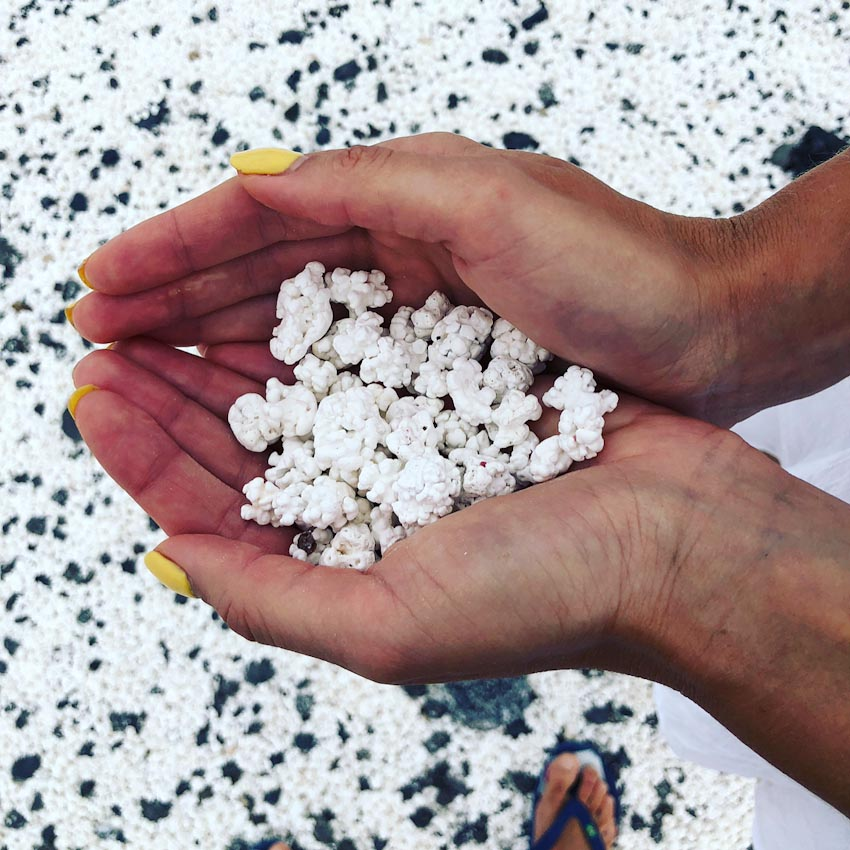 Popcorn Beach hoặc Popcorn Bay - Bãi biển bỏng ngô ở Tây Ban Nha 2