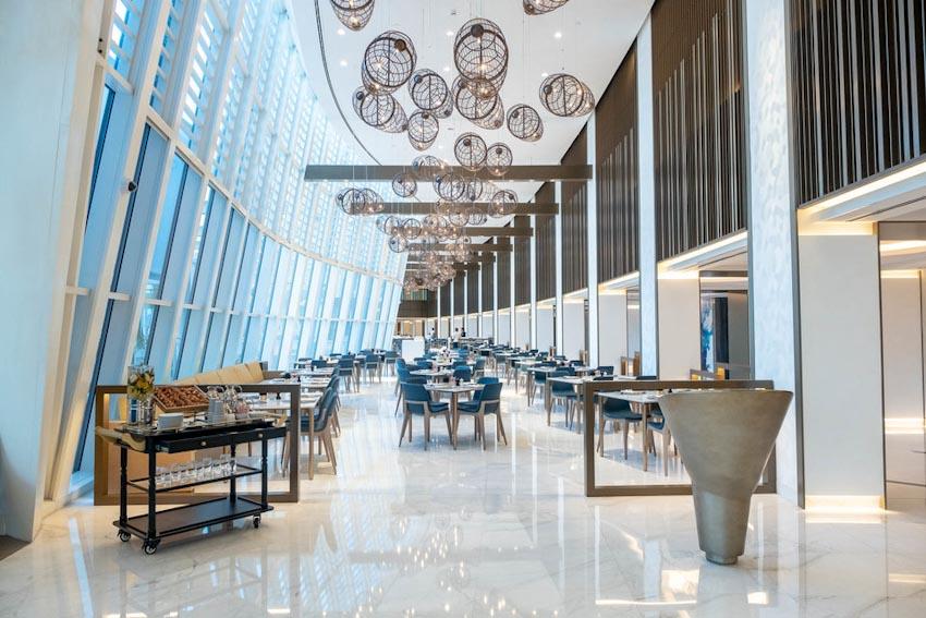 So sánh Khách sạn bảy sao Burj Al Arab và Jumeirah Beach Hotel 6
