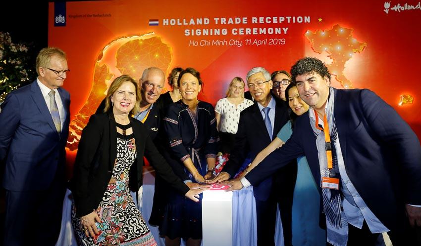 10 thỏa thuận và hợp đồng được ký kết trong sự kiện kết nối Doanh nghiệp Hà Lan tại TPHCM.