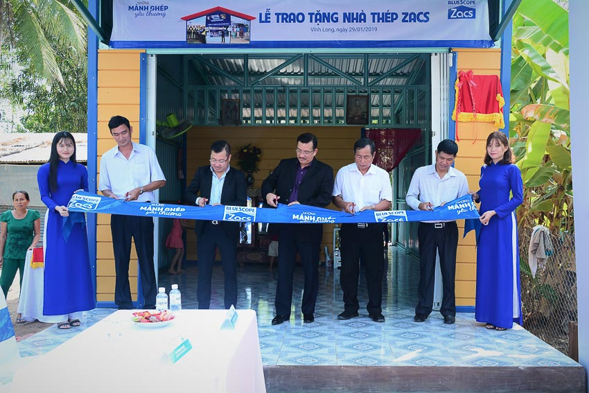 Tôn Zacs và đại lý trao tặng 50 ngôi nhà thép Zacs cho người lao động nghèo 4