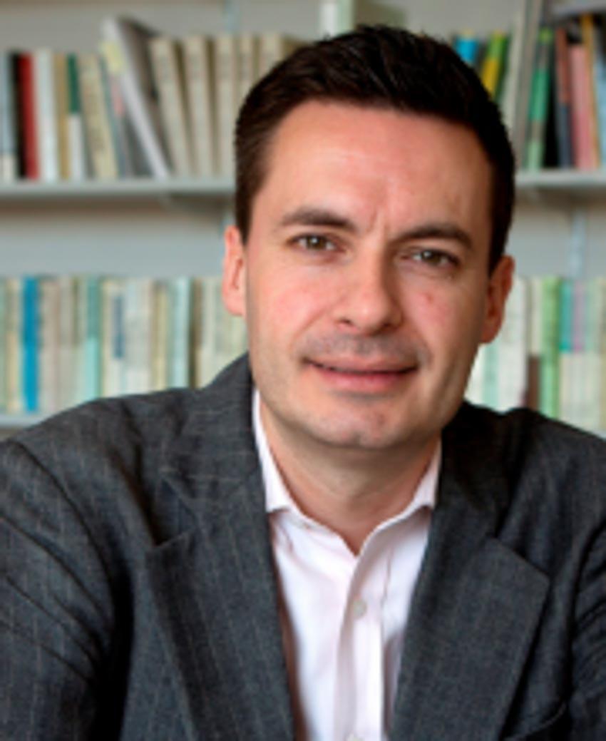 Roald Maliangkay, lãnh đạo chương trình nghiên cứu về Hàn Quốc ở Đại học Quốc gia Australia