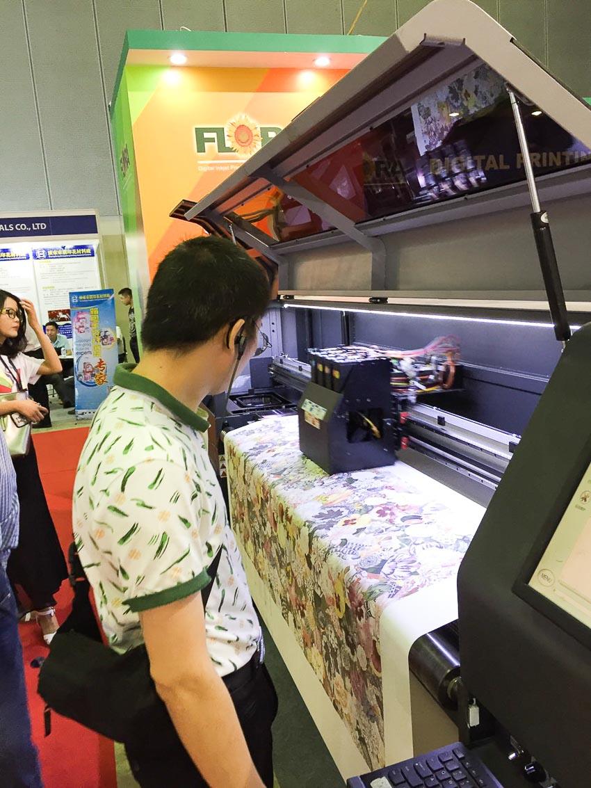 Triển lãm Quốc tế Công nghệ In lụa và In kỹ thuật số 2019 tại Việt Nam 3