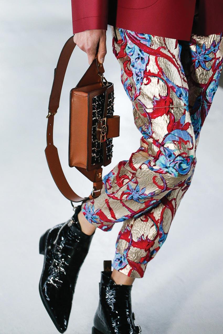 Thời trang túi belt bag vẫn chưa hạ nhiệt! 5
