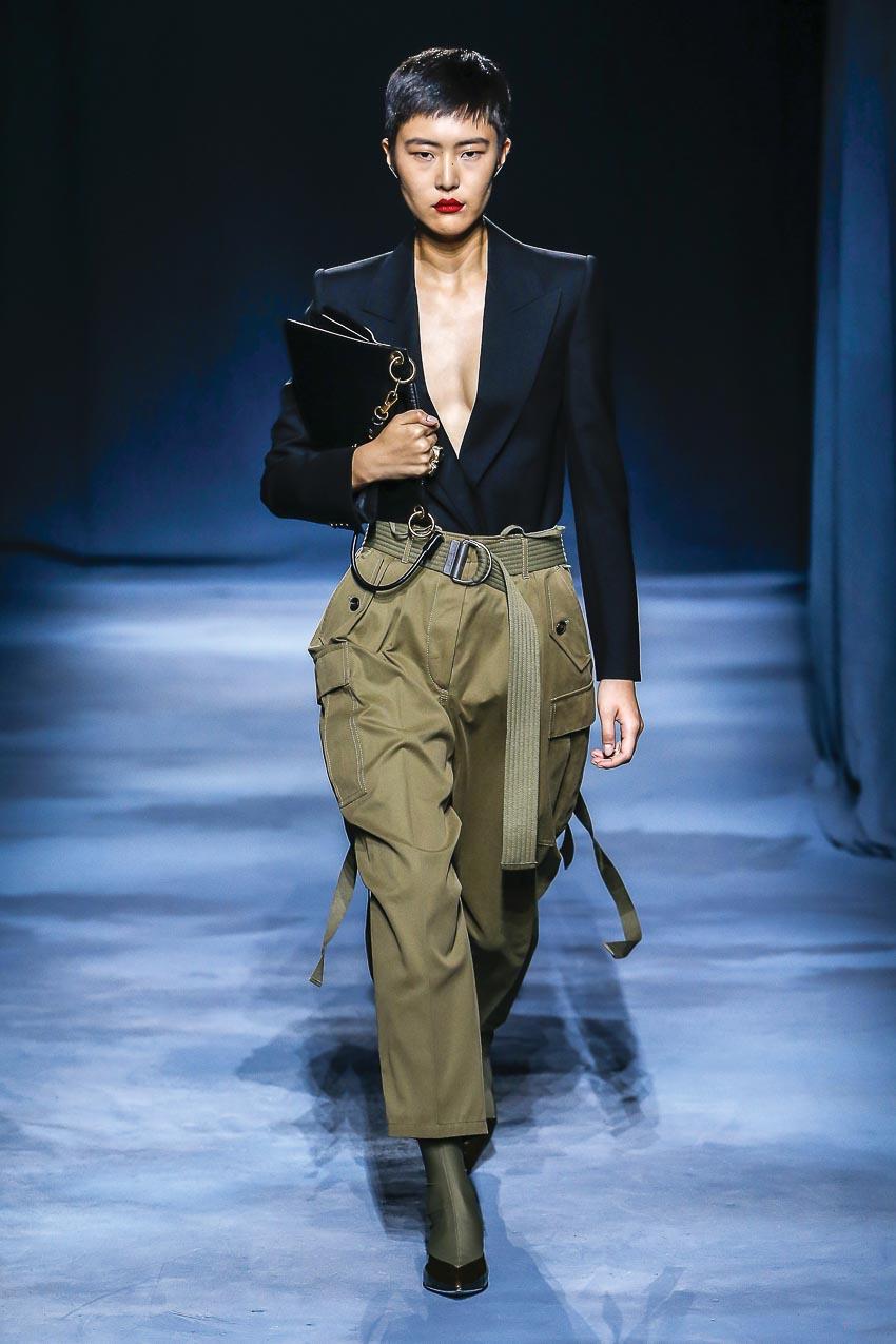 Givenchy - xu hướng quần túi hộp
