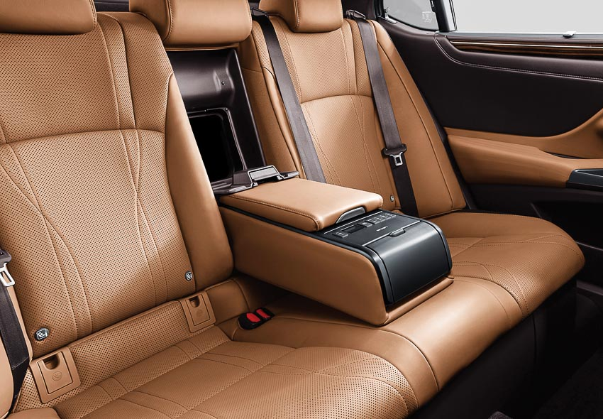sedan hạng sang cỡ trung Lexus ES 250 10