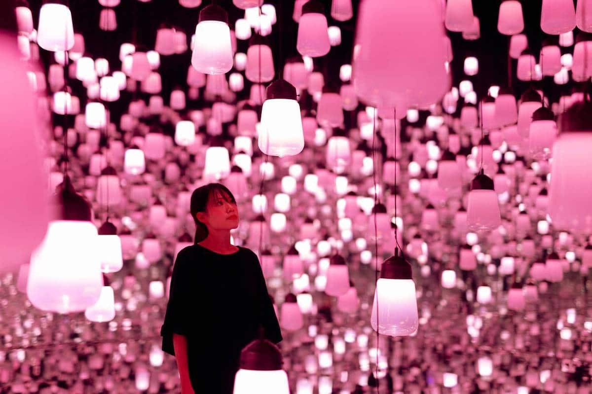 """Lạc trong biển màu hồng vô tận của tác phẩm nghệ thuật sắp đặt """"Hoa anh đào"""" - 03"""