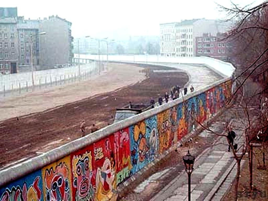 Những điều chưa biết về bức tường Berlin - 02