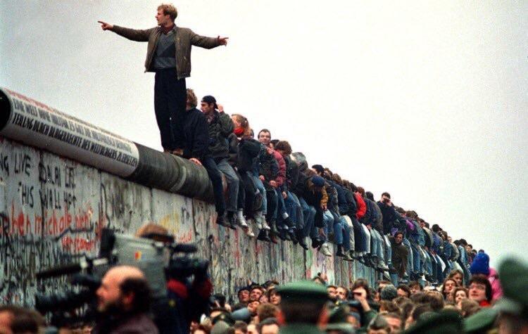Những điều chưa biết về bức tường Berlin - 03