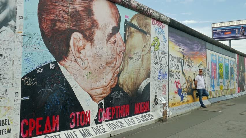 Những điều chưa biết về bức tường Berlin - 04