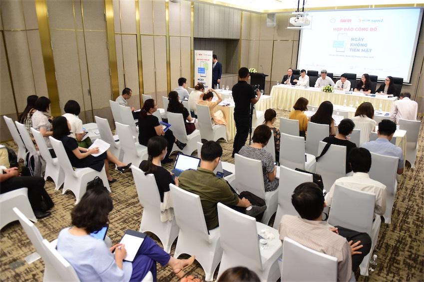 Buổi họp báo công bố Ngày không tiền mặt - 4