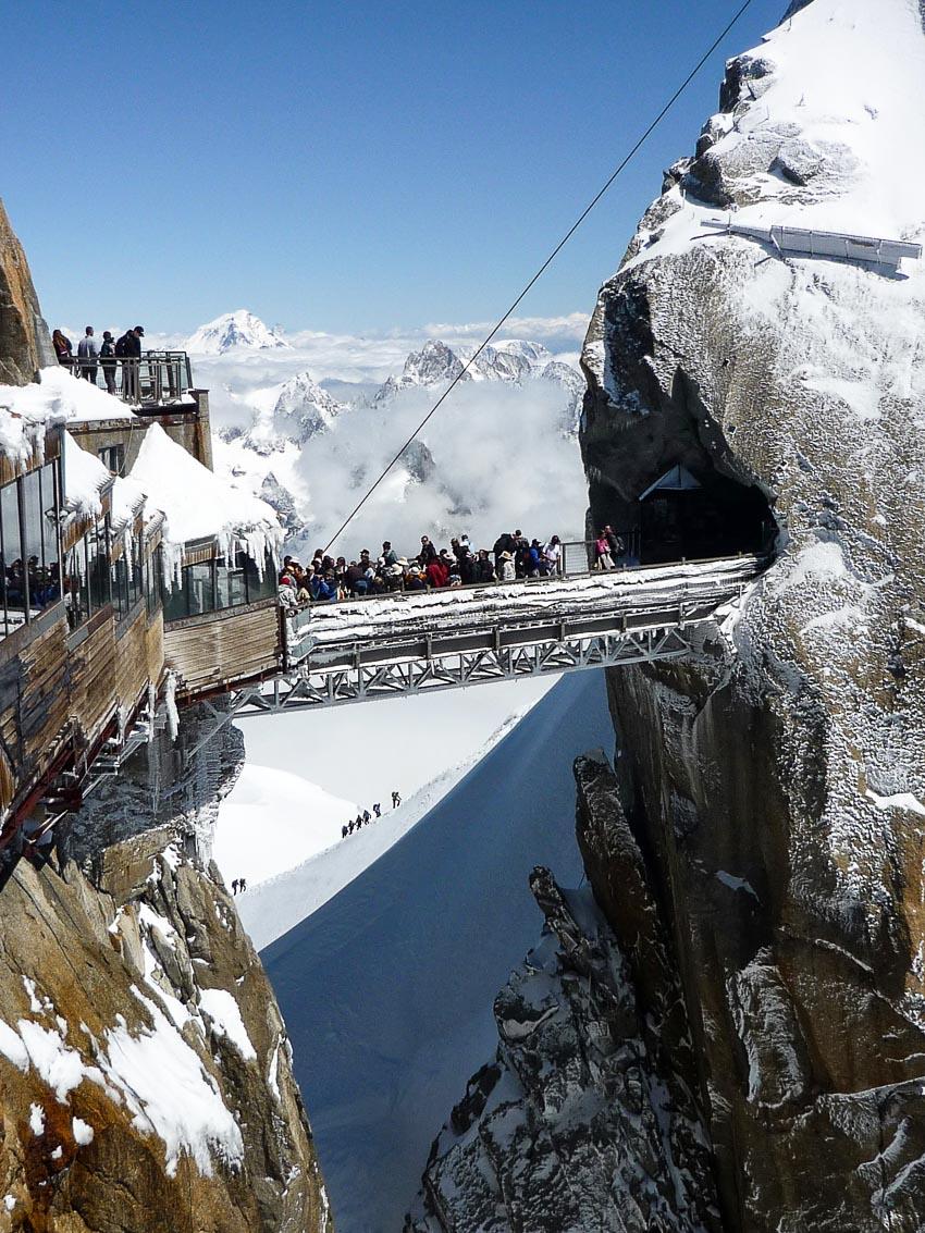 13 chiếc cầu đi bộ ngoạn mục nhất thế giới 11