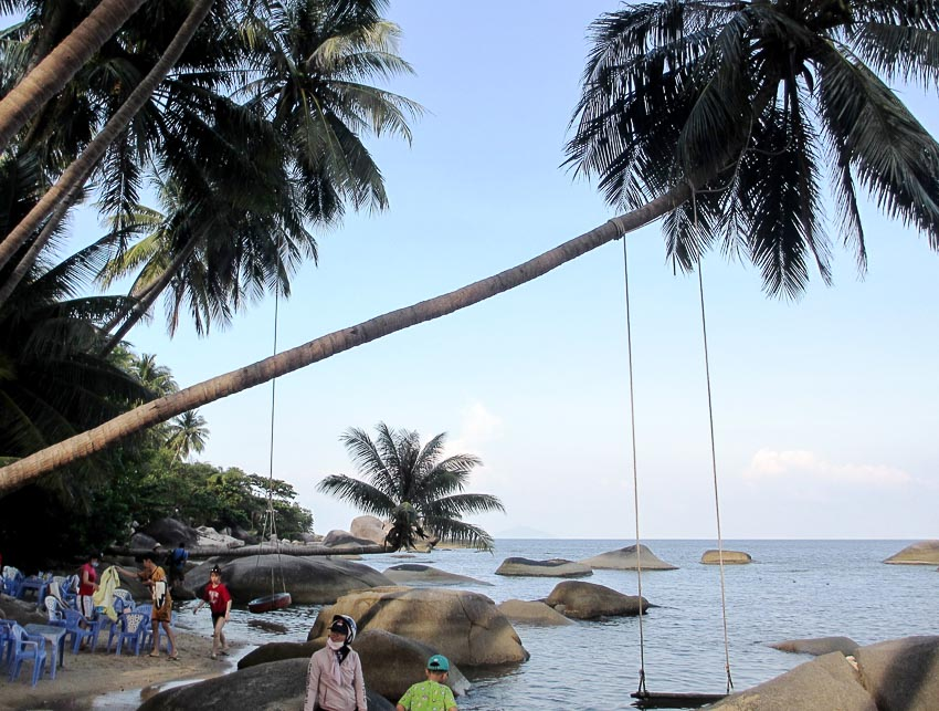 Bãi Cây Dừa Nằm