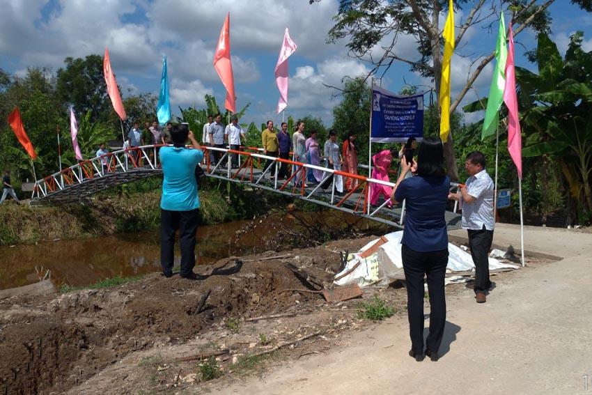 Du Lịch Hoàn Mỹ tặng cầu giao thông nông thôn cho huyện U Minh 2