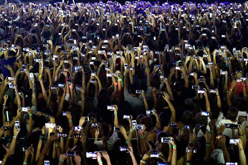 Loài người và Smartphone 1