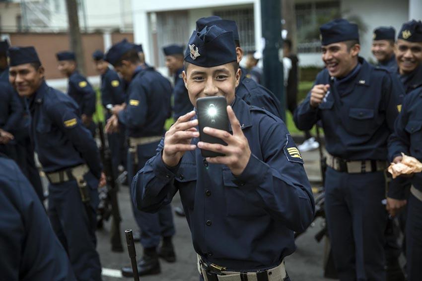 Loài người và Smartphone 21