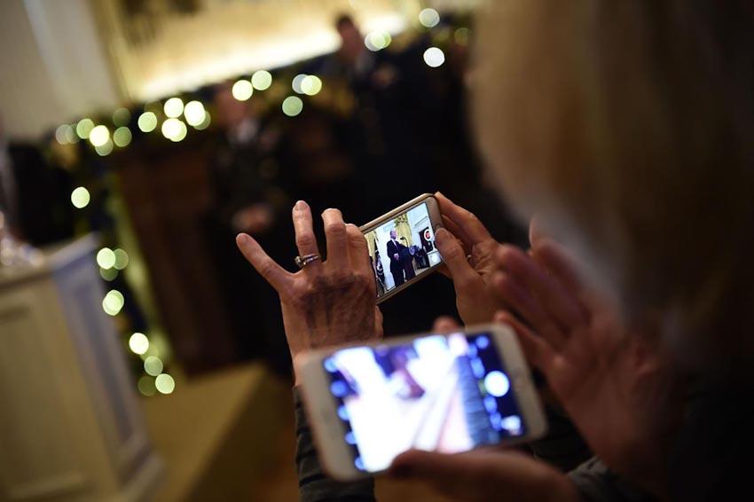 Loài người và Smartphone 41
