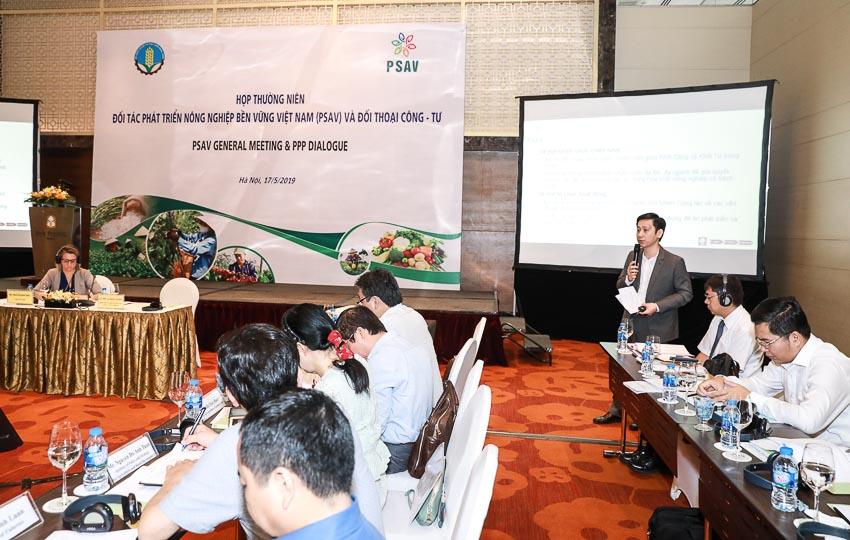 Nestlé VN nhận bằng khen vì thành tích xuất sắc phát triển nông nghiệp bền vững 2