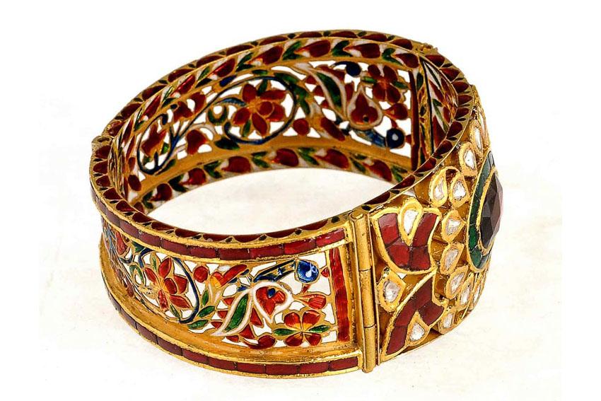 Nữ trang Kundan-Meena truyền thống của Ấn Độ 10