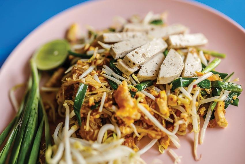 Người Thái thích ăn giò chả Việt 1
