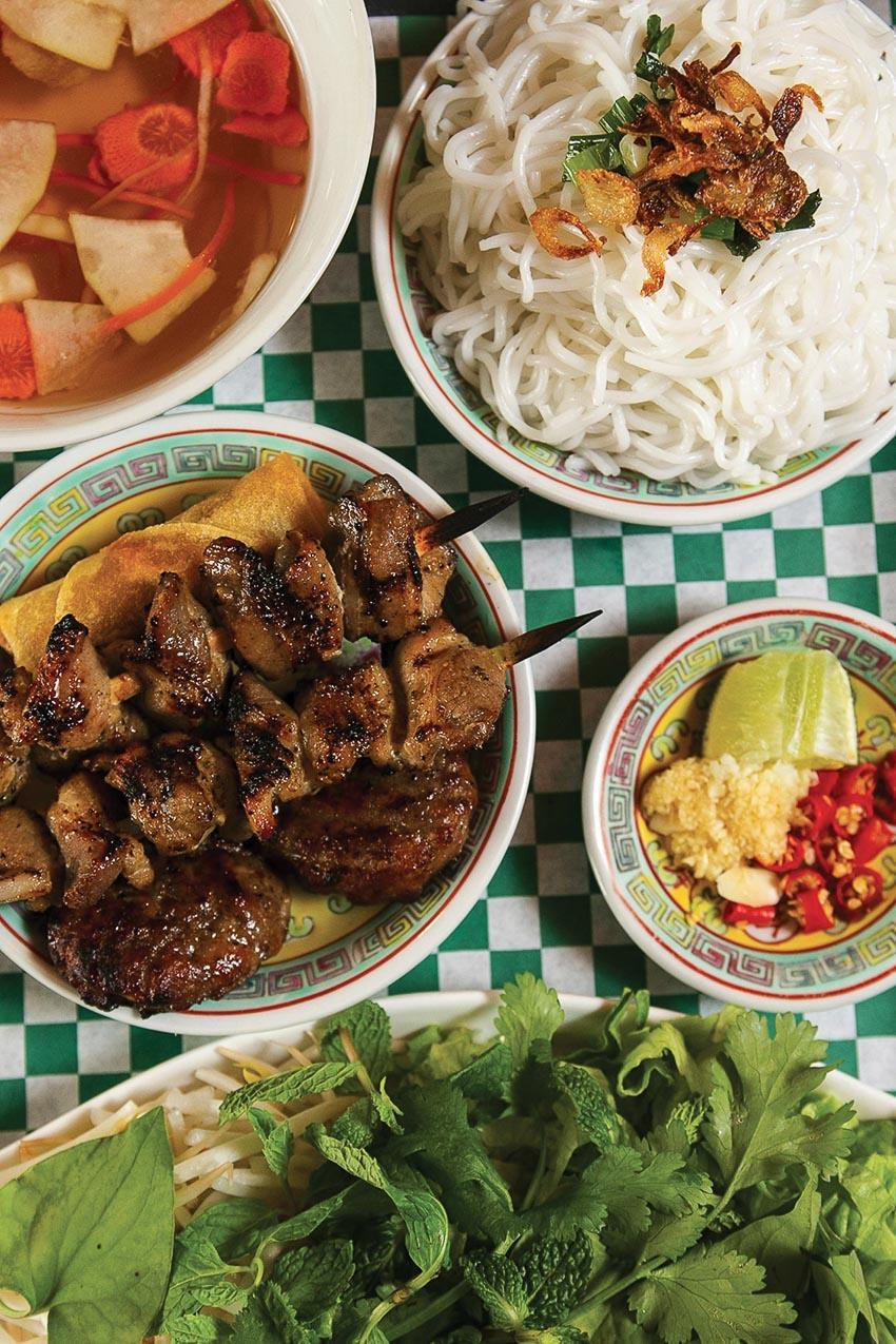 Bún chả Hà Nội - đại sứ ẩm thực Việt