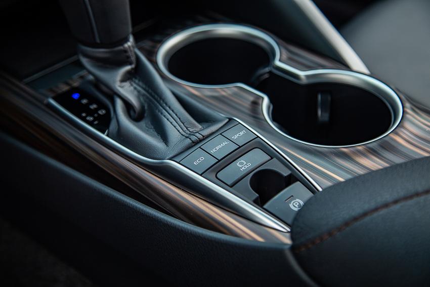 Sedan hạng D Toyota Camry 2019 11