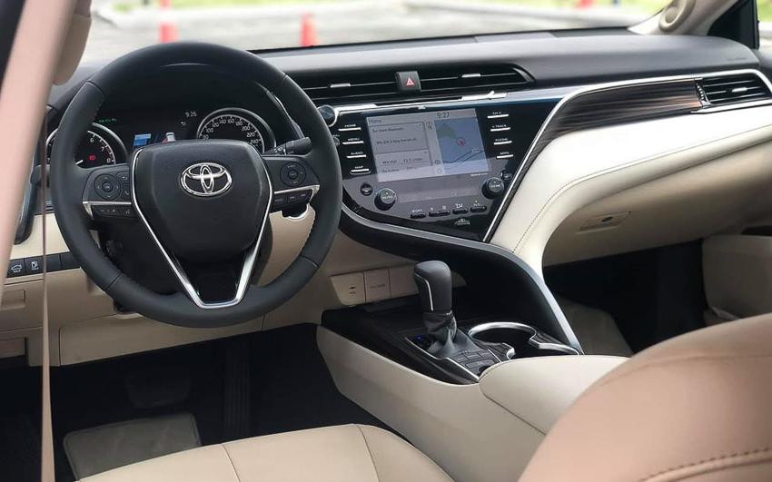 Sedan hạng D Toyota Camry 2019 26