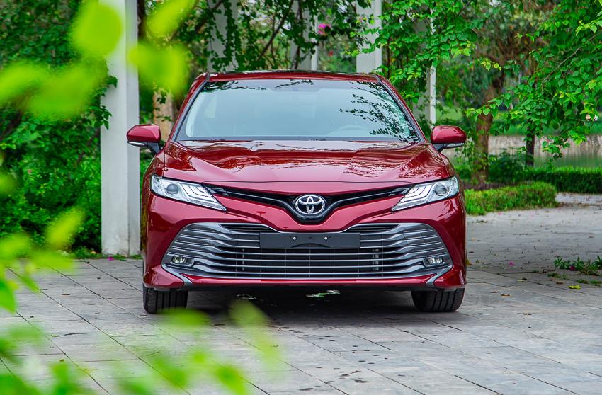 Sedan hạng D Toyota Camry 2019 8