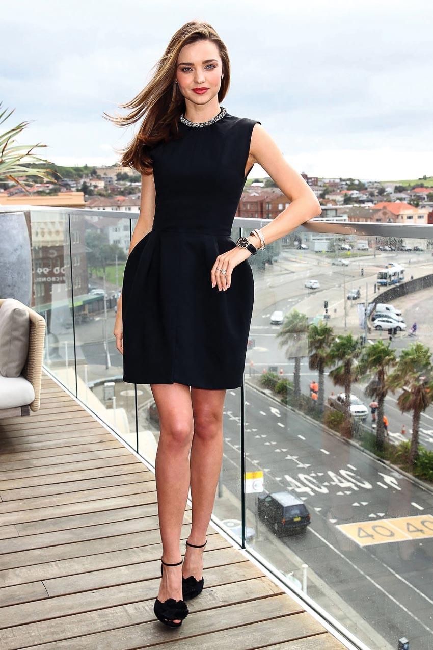 5 kiểu little black dress vượt thời gian mà bạn nên sở hữu 7
