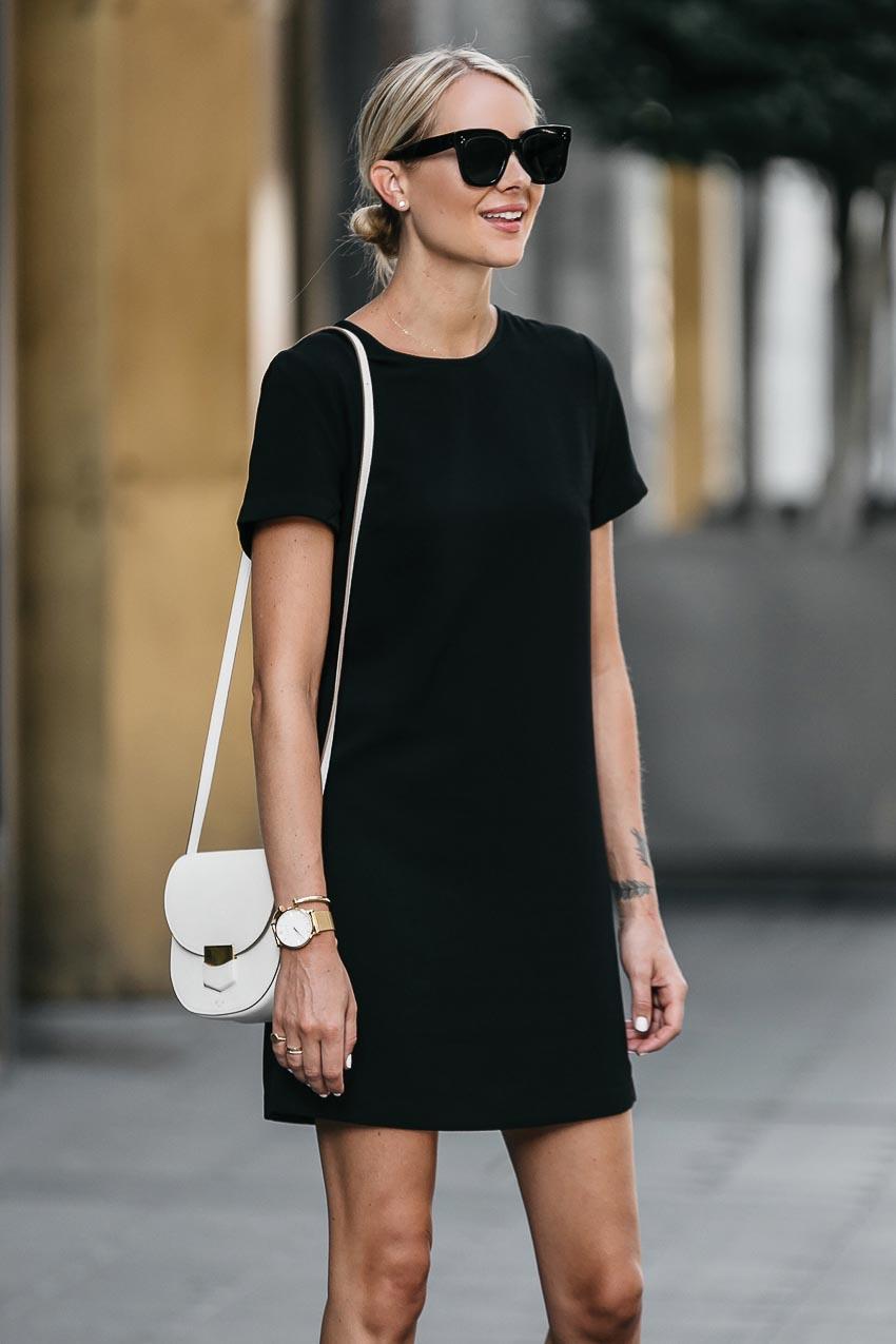 5 kiểu little black dress vượt thời gian mà bạn nên sở hữu 12