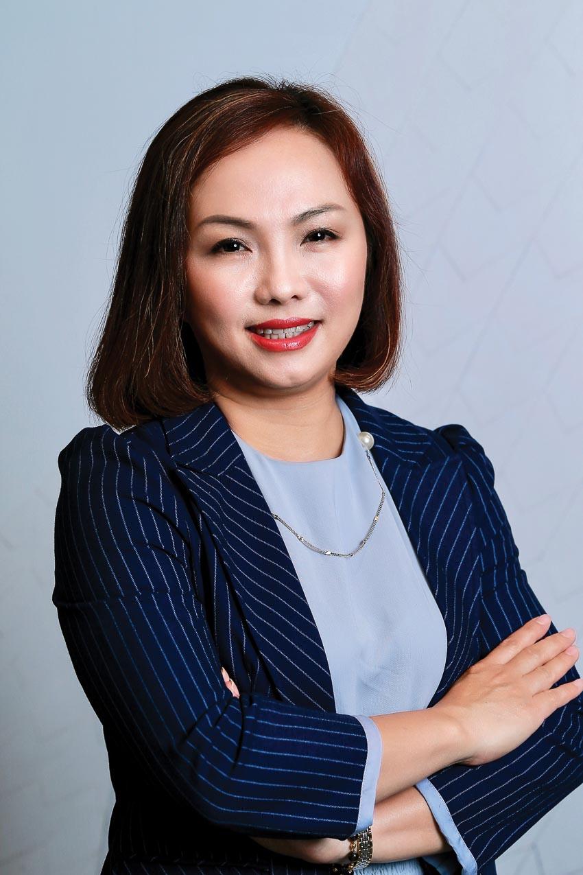 Bà Đặng Tuyết Dung - Giám đốc Visa tại Việt Nam và Lào 1