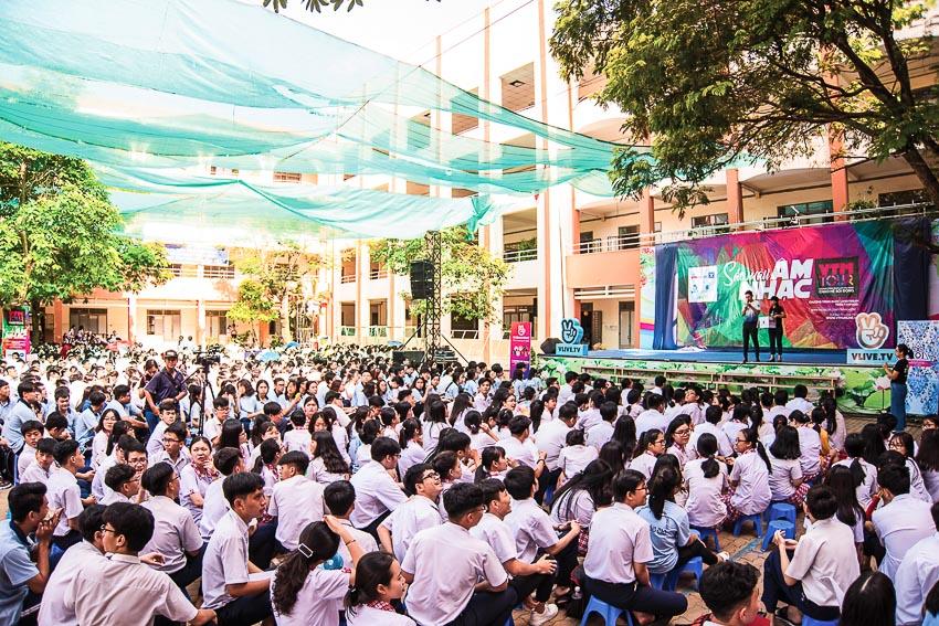 Hàng chục ngàn học sinh chào hè 2019 sôi động cùng VTM Tour 3