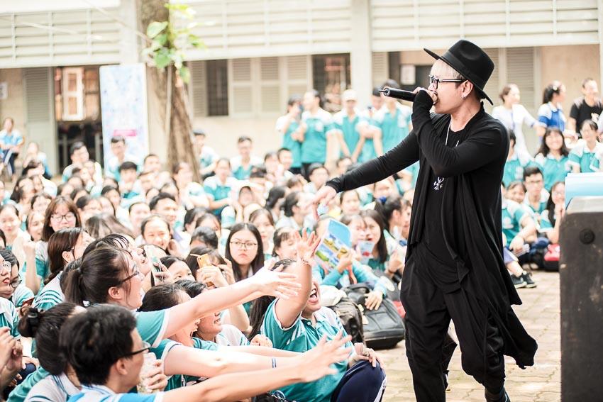 Hàng chục ngàn học sinh chào hè 2019 sôi động cùng VTM Tour 9