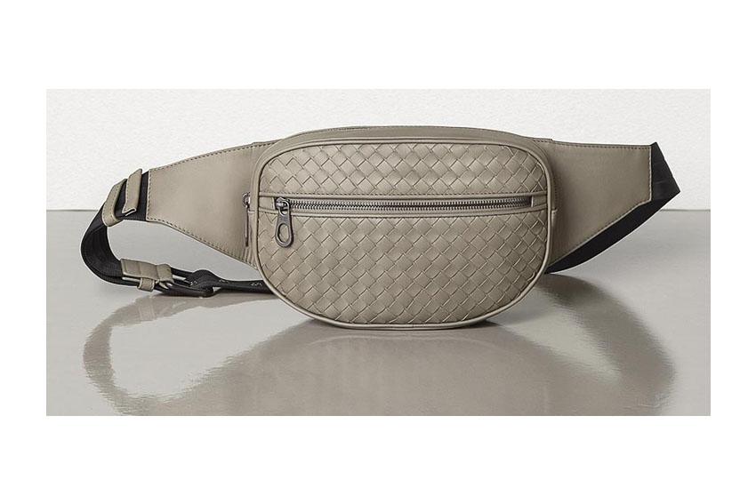 Túi Belt-bag của Bottega Veneta cá tính