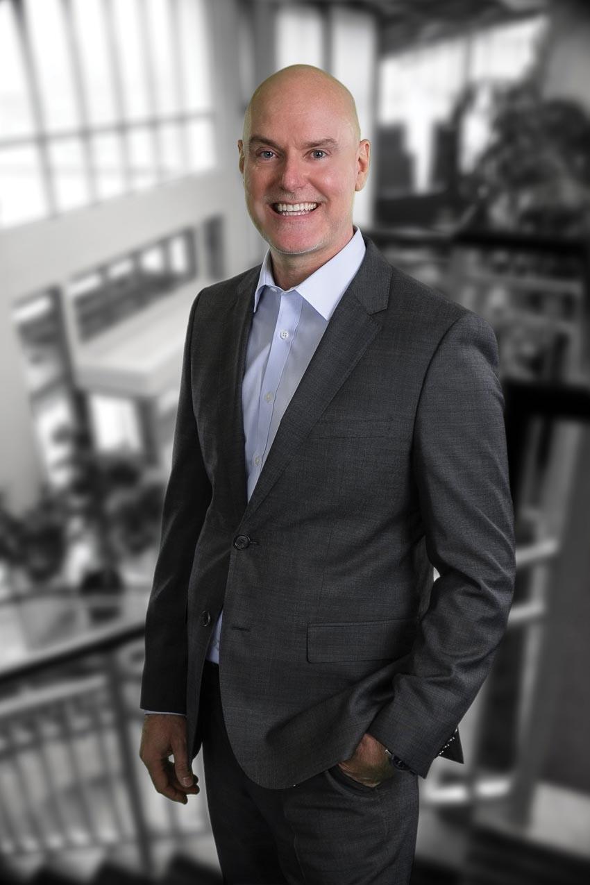 Ông Carey Chambers - CEO USHome 1