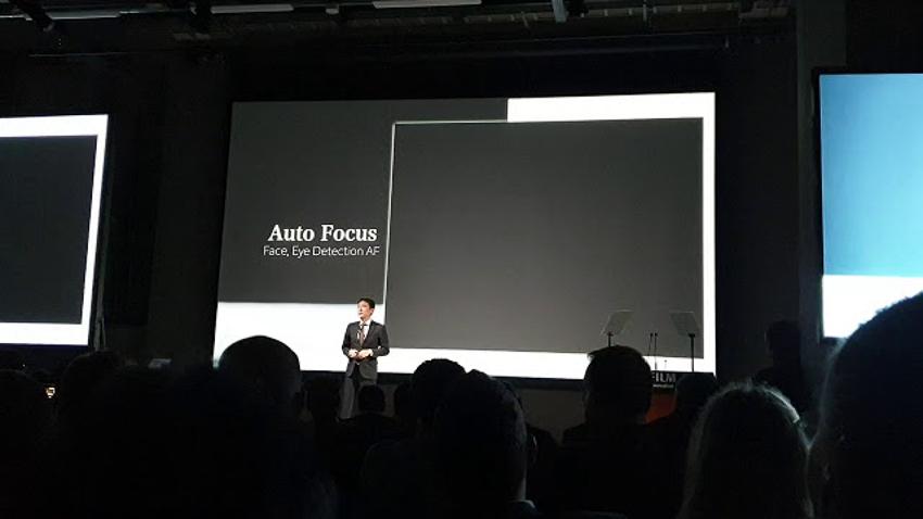Fujifilm vừa ra mắt chiếc máy Medium Format không gương lật GFX 100 - 10
