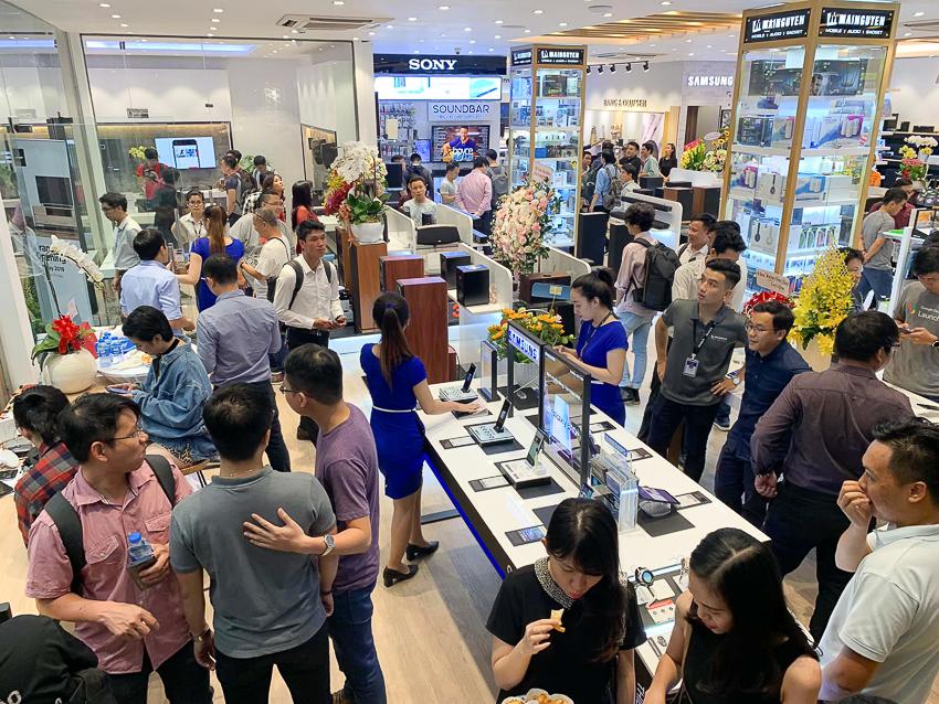 Mai Nguyên khai trương Flagship Store quy mô lớn nhất tại Việt Nam - 03