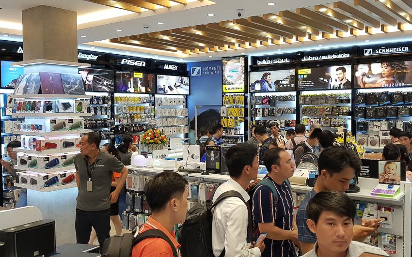 Mai Nguyên khai trương Flagship Store quy mô lớn nhất tại Việt Nam - 05
