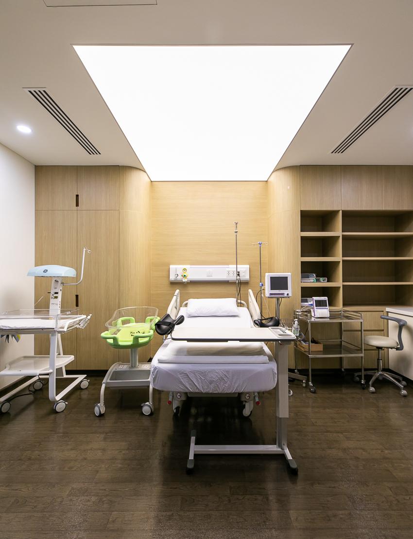 Bệnh viện Quốc tế Mỹ hợp tác chuyên môn với Johns Hopkins - 22