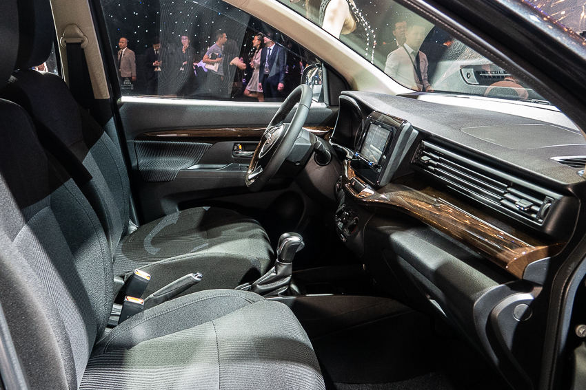 Suzuki giới thiệu mẫu xe đa dụng 7 chỗ ERTIGA hoàn toàn mới - 44