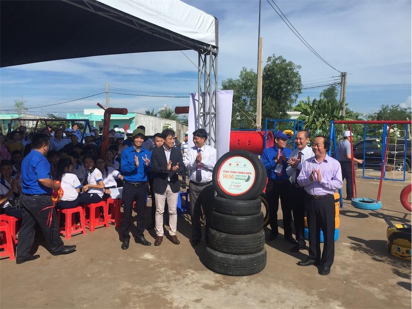 Toyota Việt Nam tặng sân chơi dành cho trẻ em tại tỉnh Bạc Liêu - 02
