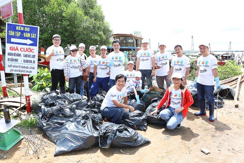 La Vie hợp tác với WWF tổ chức Ngày hội dọn rác 4