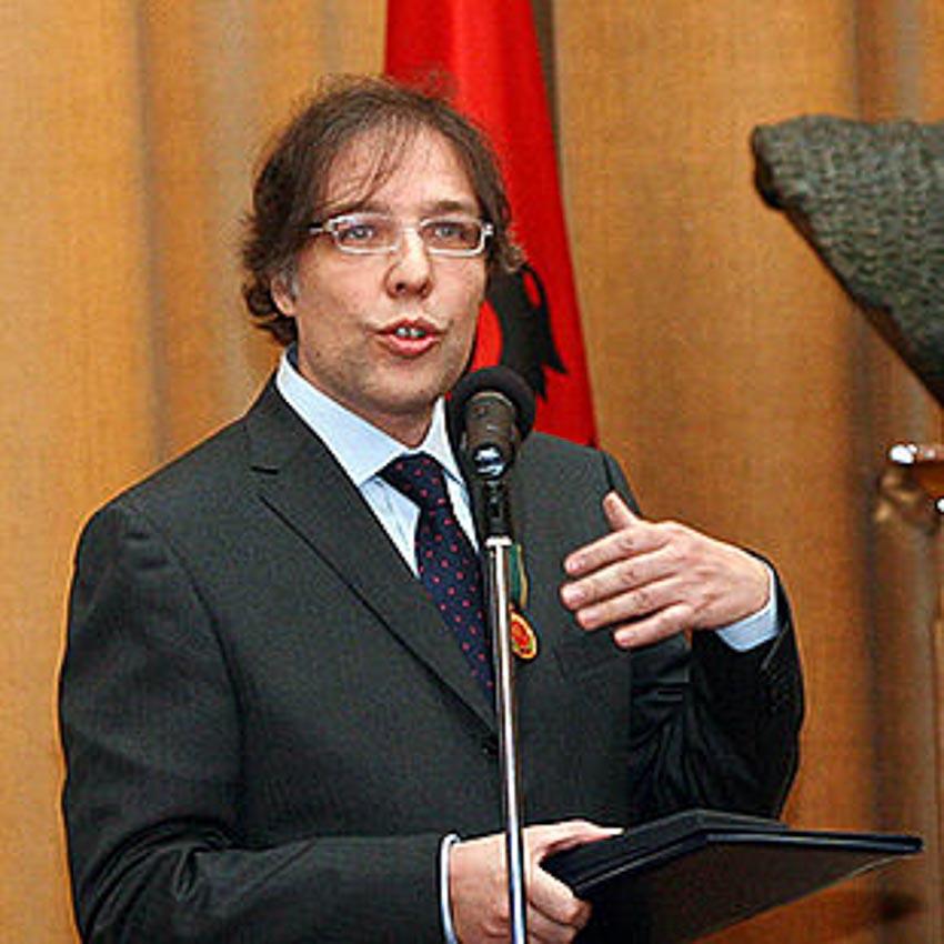 Nhà báo Carlo Bollino