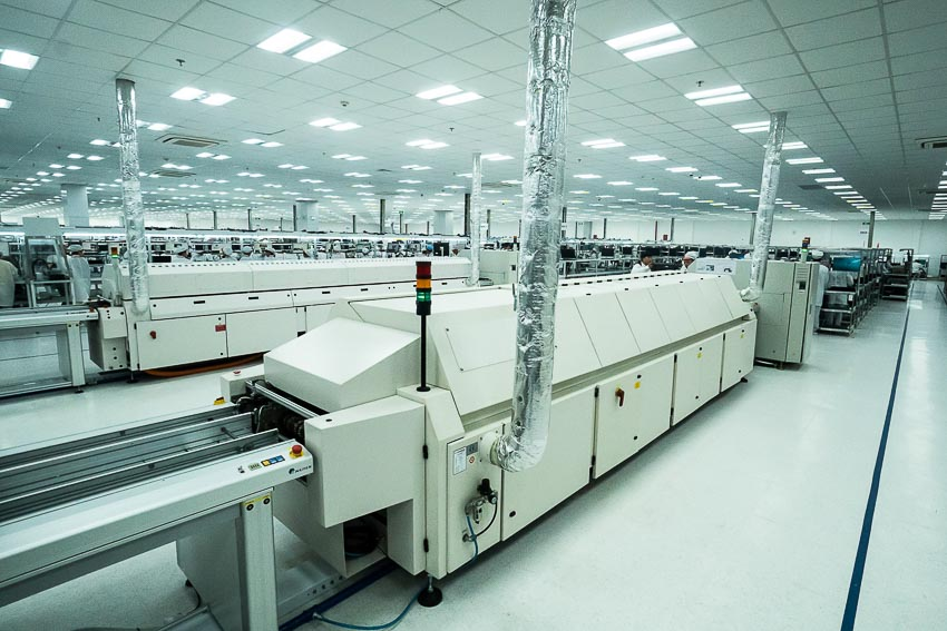 Khởi công Nhà máy sản xuất điện thoại Vsmart công suất 125 triệu máy/năm 2