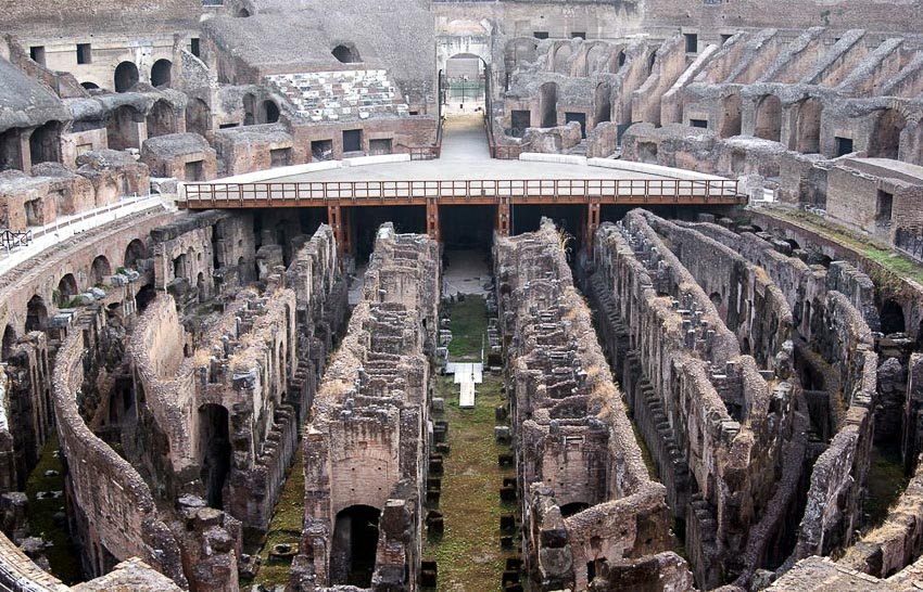 """""""Phòng xanh"""" của các võ sĩ giác đấu phía dưới đại hí trường La Mã cổ"""