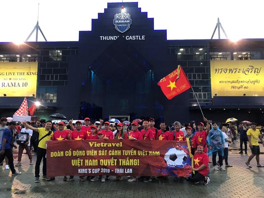Vietravel giới thiệu tour cổ vũ đội tuyển Việt Nam tại chung kết King's Cup 2019 2