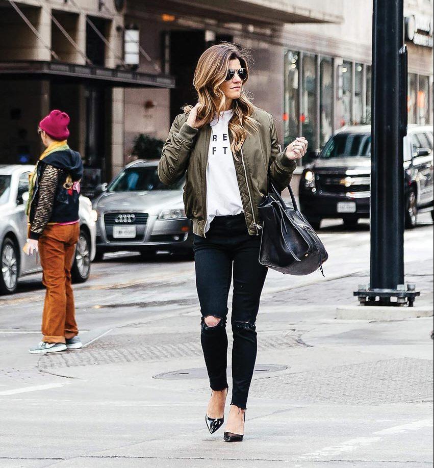 Bộ đôi jeans và áo phông: Kết hợp sao cho tươi mới? 6
